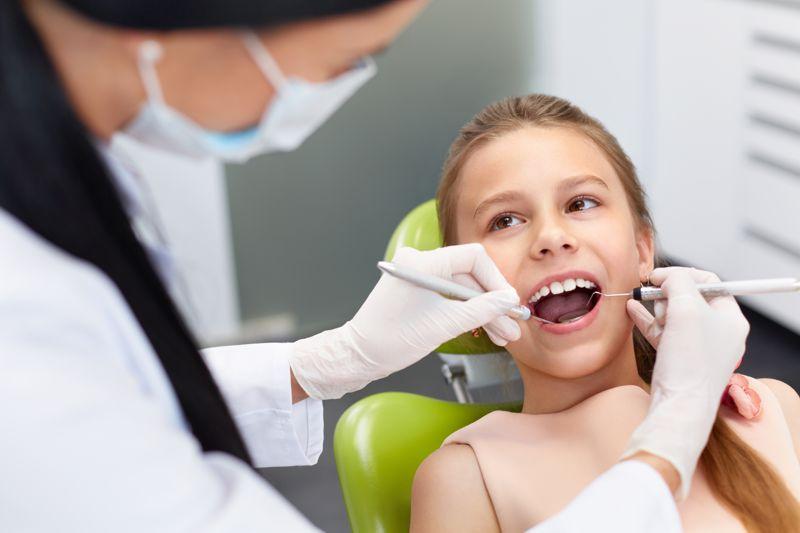 Stomatologia dziecięca w Poznaniu. Gabinet stomatologiczny dla dzieci Poznań. Dentysta Planet Dent.
